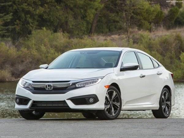 Honda Civic 2017 - лифт по вертикали с фото